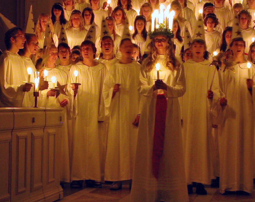 Swedish Children dressed as Saint Lucy - ABC Translations
